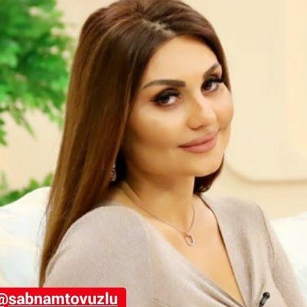 Gulursən Amma Gozlərindəki Dərin Acini Hiss Edirəm Singer Azerbaijan