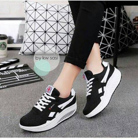 Pin Di Branded Shoes