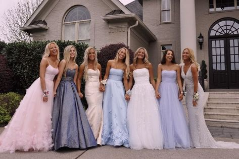 VSCO - laneypack - VSCO – laneypack VSCO – laneypack -You can find Prom pictures and more on our website. Pretty Prom Dresses, Hoco Dresses, Ball Dresses, Homecoming Dresses, Cute Dresses, Beautiful Dresses, Ball Gowns, Homecoming Proposal, Tulle Prom Dress
