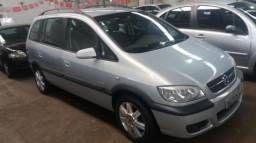 Usado Chevrolet Zafira Tem Bom Espaco E Agrada Pelo Projeto Feito