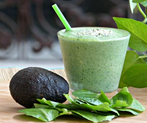 Go for the green! This creamy smoothie made with spinach and avocado is topped with nutty hemp hearts that are packed with healthy fats and protein.