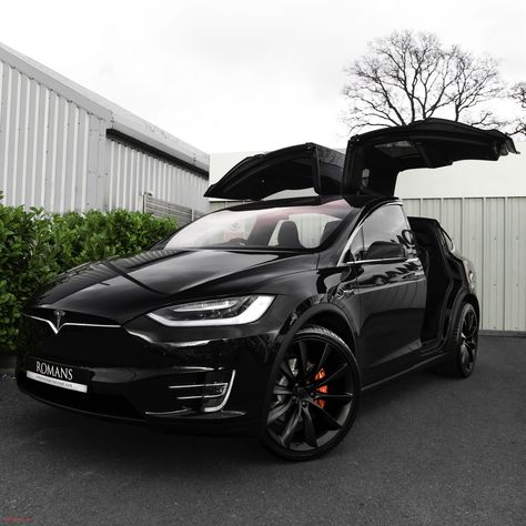 Model X! The Effective Pictures We Offer You About tesla suv A quality picture can tell you many things. You can find the most beautiful pictures that can be presented to you about tesla art in this account. Luxury Sports Cars, Best Luxury Cars, Sport Cars, Motor Sport, Tesla Model X, Tesla Motors, Ferrari F80, Ford Mustang Fastback, My Dream Car