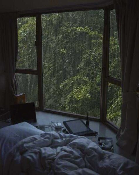 Post with 5783 views. Bedroom Inspo, Bedroom Decor, Punk Bedroom, Study Room Decor, Dark Green Aesthetic, Slytherin Aesthetic, Aesthetic Room Decor, Nature Aesthetic, Cozy Room