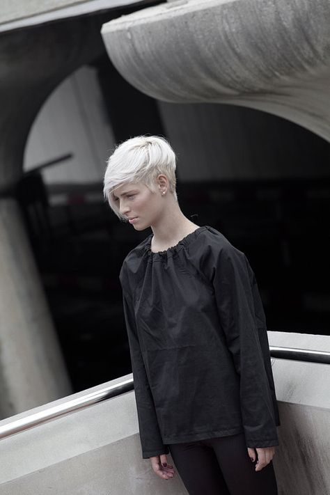 NEW BLACK cotton blouse with tying long sleeve by jenfashion, $59.00  (thumbs up for the haircut too)