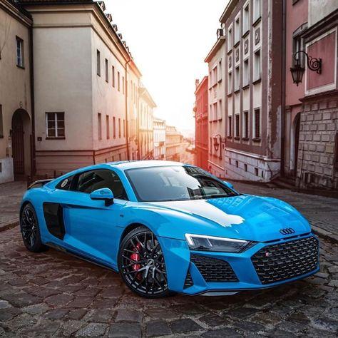 Just loving this Riviera Blue on the Audi Performance 💙👌 📷 by: Luxury Sports Cars, Top Luxury Cars, Cool Sports Cars, Super Sport Cars, Super Fast Cars, Supercars, Lamborghini Supercar, Audi R8 V10, Ferrari Laferrari