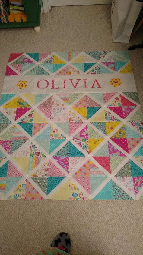 Quilted Baby Blanket, Baby Patchwork Quilt, Baby Girl Quilts, Girls Quilts, Quilt Baby, Quilts For Kids, Baby Memory Quilt, Baby Quilts Easy, Quilts From Baby Clothes