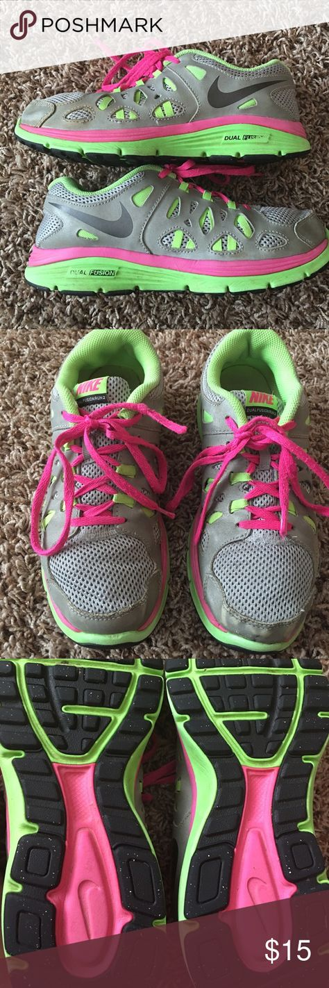 NIKE SHOES Nike dual fusion in good condition. Nike Shoes Athletic Shoes