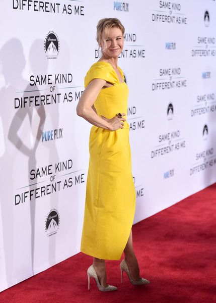 "Actress Renee Zellweger attends the premiere of Paramount Pictures and Pure Film Entertainment's ""Same Kind Of Different As Me"" at Westwood Village Theatre on October 12, 2017 in Westwood, California."