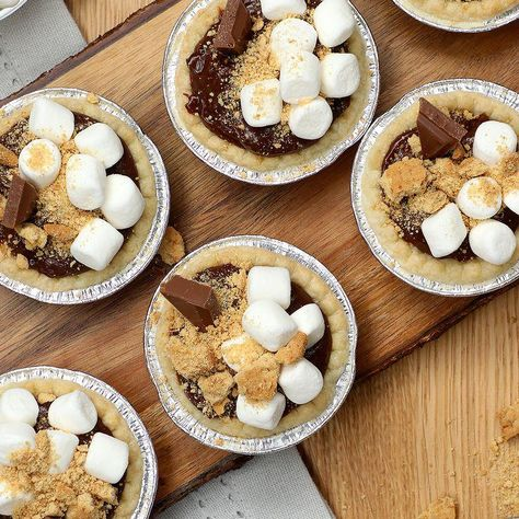 It's like s'mores, but mini and in pie form. Dawn is the official dish soap of Tasty in Canada!