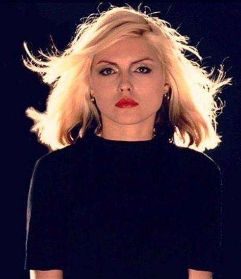 Debbie Harry of Blondie 💙👩🏼🎤🎸🎹🎵🇺🇸
