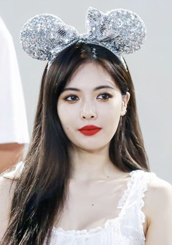 Kim Hyun Ah Born June 6 1992 Better Known By The Mononym Hyuna Is A South Korean Singer Songwriter Rapper And Model Sh Korean Singer Celebs Popular Girl