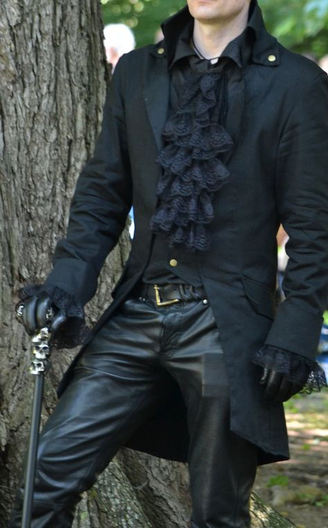 Gothic fashion 861313497466878981 - Gothic- Steampunk- Grimm-Frack – Source by arojamm Moda Steampunk, Costume Steampunk, Victorian Steampunk, Steampunk Clothing, Victorian Fashion, Gothic Fashion Men, Steampunk Fashion Men, Steampunk Outfit Male, Fashion Goth