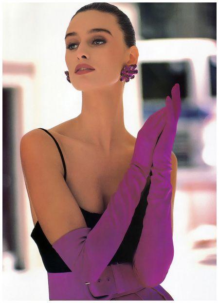 Vogue Sept 1988 Aly Dunne - Photo Anne Klein ads a