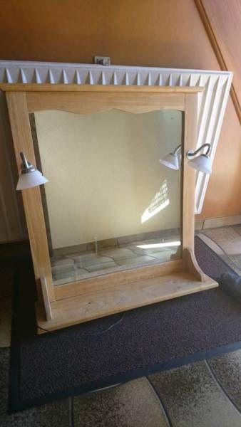 Wegen Renovierung Abzugeben Sehr Schoner Bad Spiegel Mit Ablage