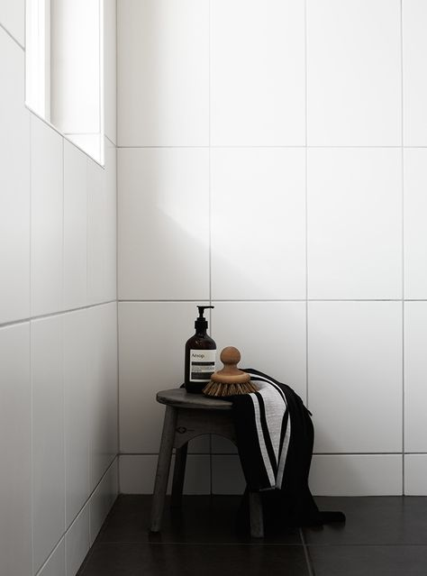 XXL Subway tiles. Is this my answer to a retro bathroom with less ...