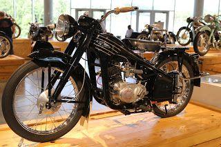 1953 Honda On Display At The Barber Vintage Motorsports Museum Birmingham Alabama Honda Japanese Motorcycle Honda Motorcycles