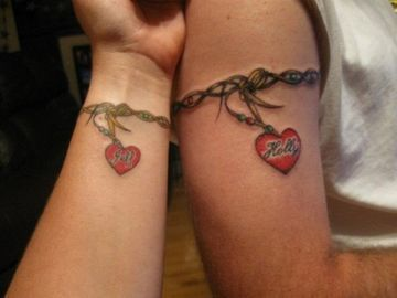 Bonitos Tatuajes Para Novios Con Significado Tatuajes De Pareja Casada Disenos De Tatuaje Para Parejas Tatuajes Que Hacen Juego