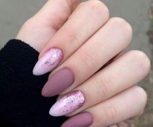 Nails Pink And Beauty Bild Mit Bildern Malen Fur Anfanger Tatowierungen Nagel Kunst