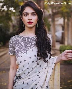 Top 15 Hairstyles For Sarees Pictures For All Types Of Face Saree Hairstyles Indian Hairstyles Hair Style On Saree