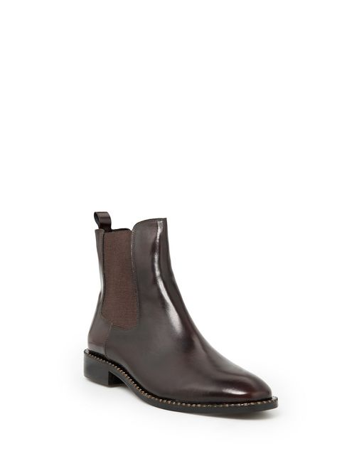 WANT, WANT, WANT these Leather chelsea ankle boots