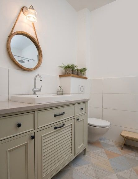 שיפוץ בית פרטי בבנימינה Bathroom Plans Bathroom Styling Bathroom Toilets