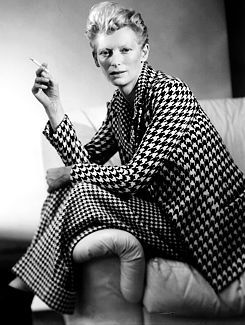Tilda Swinton Oh Tilda, how do I adore thee? You are my alien ice queen fashion role model.