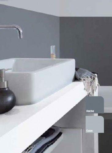 Une peinture pour salle de bain qui remplace le carrelage ...