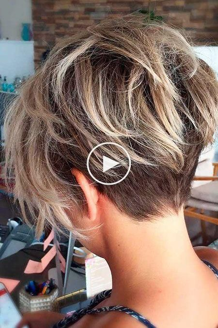 Rommelig Pixie Kapsel Vrouwen Bob Schokkerig Blonde Blond Schokkerig Vrouwen Kapsel Slordig Kapselide Short Hair Styles Hair Styles Short Hair Haircuts