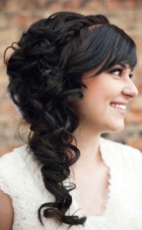 Hochzeitsfrisur Lange Haare Romantisch Seitlich Schwarz Schoen