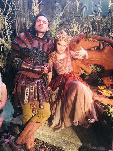"""Shadowhunters on Twitter: """"Meanwhile at the Seelie Court. Behind the scenes of #Shadowhunters Season 3B. Day 9 of #25DaysOfTeasers.… """""""