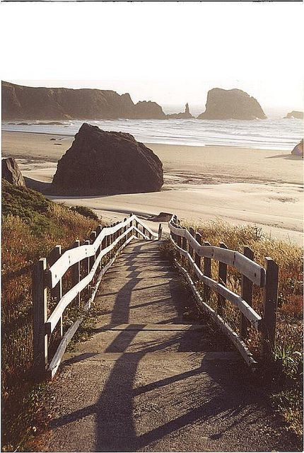 Bandon Beach, Oregon by Thom Sheridan, via Flickr