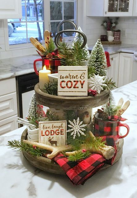 Dining Delight: Tiered Tray with Beach Decor & More Tray Ideas - Christmas Decor Farmhouse Christmas Decor, Rustic Christmas, Christmas Home, Christmas Holidays, Christmas Decor For Kitchen, Elegant Christmas, Christmas Cooking, Cabin Christmas Decor, Christmas 2019