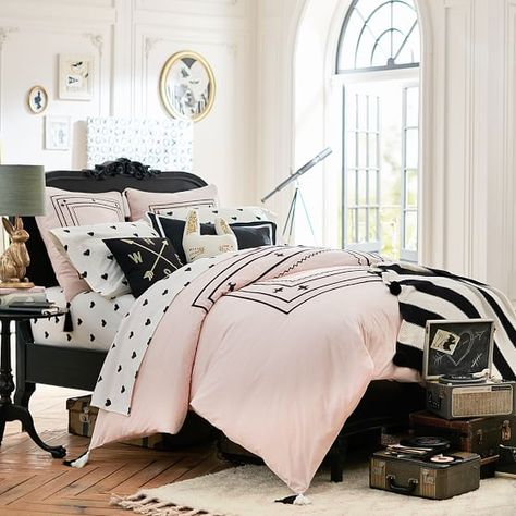 Attrayant Black Paint Feature Wall. Black And White Stripes. Design With Arrows. Soft  Pink And Black. Bed Of Roses. | Pinterest | Blacku2026
