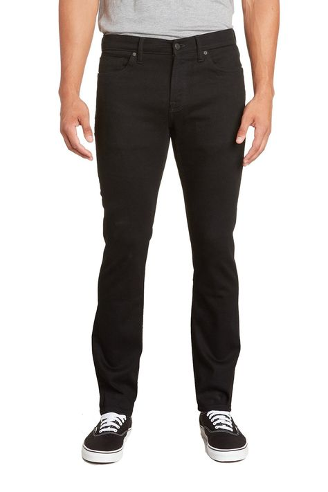The Slim fit for men is our elevated daily jean, cut with a regular rise. Offered in a cool deep rinse black denim for the perfect modern look. This men's slim jean designed with comfort stretch has a rich cotton touch, making this a perfect and easy silhouette for everyday wear. • 98% Cotton 2% Elastane• Rinse Wash Black• Comfort Stretch• Zipper Fly• Imported
