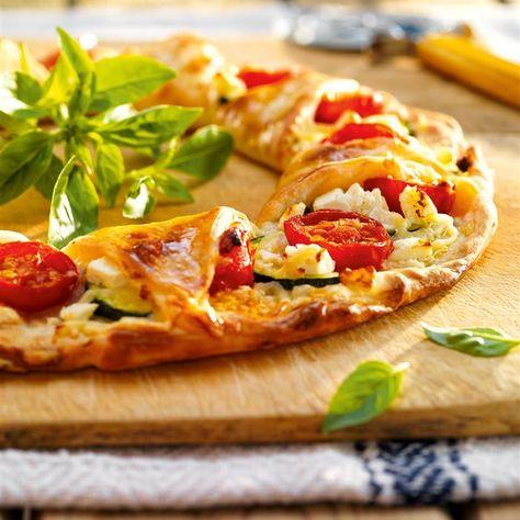 Ligera Corona De Pizza De Verduras Y Queso Fresco Food Food