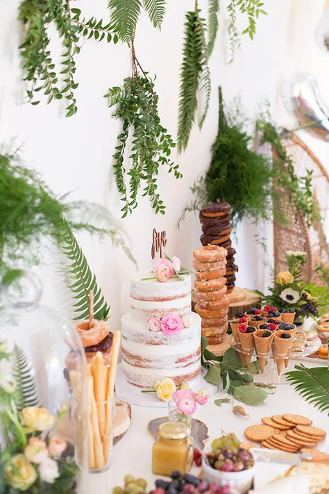 Woodland Event by Dulcet Creative | 100 Layer Cakelet