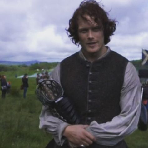 Still from Season 3 Day.  #eonline #samheughan #outlander  http://m.eonline.com/news/792726/could-outlander-s-sam-heughan-be-any-more-adorable-watch-him-welcome-you-to-season-3