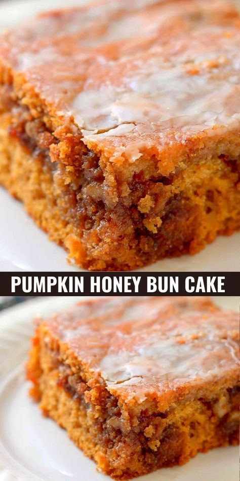 Honey Bun Cake, Honey Buns, Fall Desserts, Just Desserts, Dessert Recipes, Mini Desserts, Desserts With Honey, Breakfast Recipes, Bolo Flan