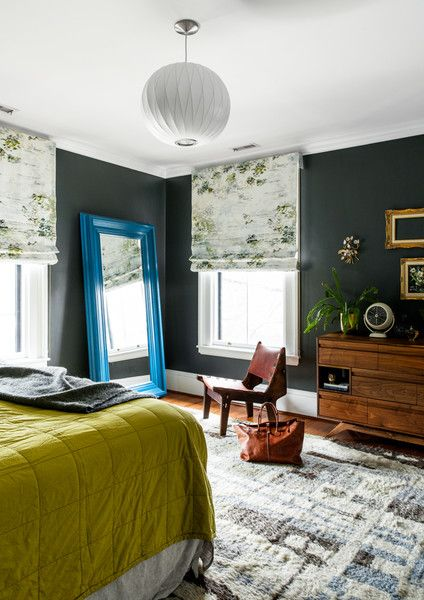 Color Story - A Designer's Home That Takes Wallpaper To The Next Level - Photos