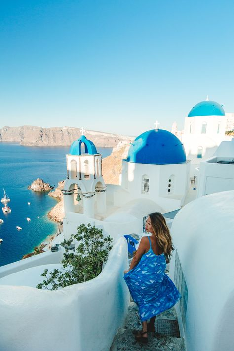 Mykonos and Santorini Travel Diary: 8 MUST GO SPOTS – Red Soles and Red Wine