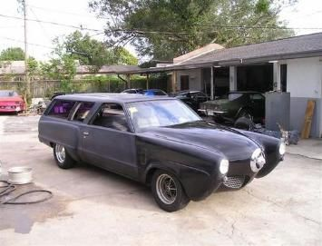 G body 78-87 Malibu 4 door station wagon and Studebaker nose. Apparently the kit has one piece mouldings that covers the entire\u2026 | Pinteres\u2026 & Studemalwagon"|355|271|?|en|2|86525230be2ba06967be64d46c25019a|False|UNLIKELY|0.29776695370674133