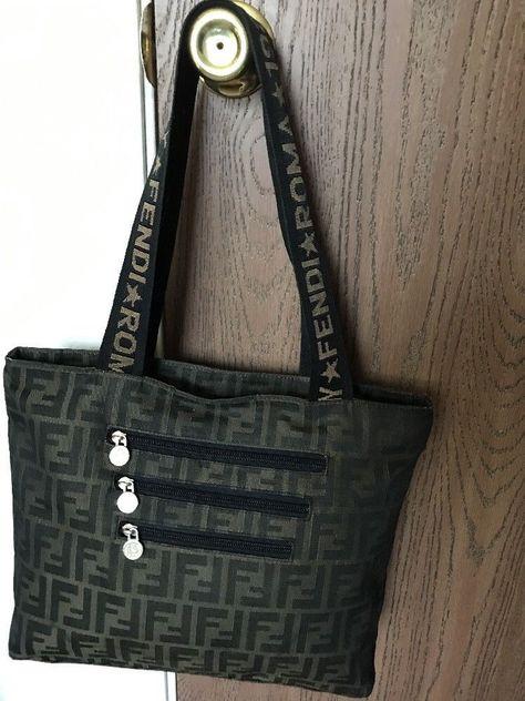 b35fbad5de95 Fendi Roma 1925 Vintage Handbag