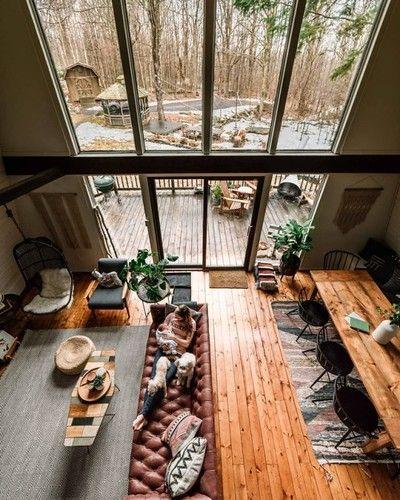 The Hunter Green House, Tannersville, NY via reddit Their