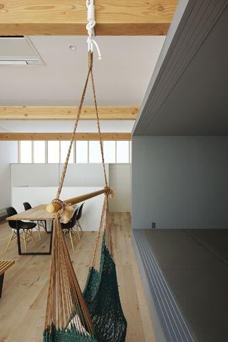 西豊の家 2017 Ldkの天井は3mと 少し高めの設定 自由にハンモックが