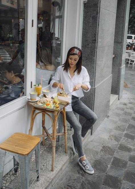 ccbbd31c2c7 Lifestyle fashion travel blogger Jenny Tsang of Tsangtastic wearing off  Gucci headband white button down shirt grey raw hem skinny jeans and roger  vivier ...