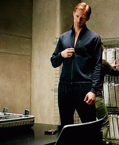 Probably one of the best gif ever! Alexander Skarsgard/Eric Northman on True Blood.you are welcome Pollard - MovieBlu