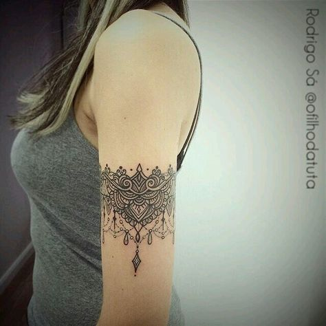 Armband Tattoo 55 Ideen Fur Frauen Und Manner