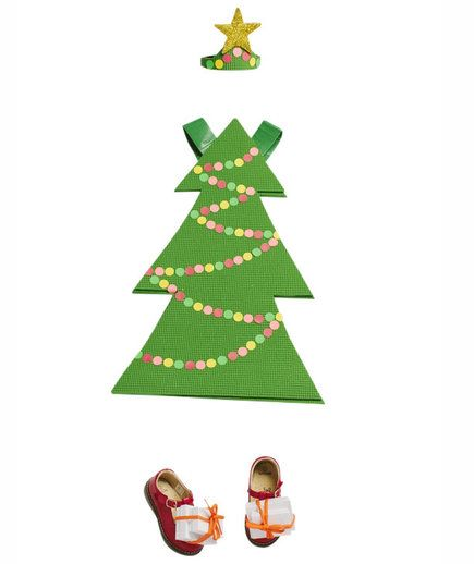 31 Simple Last Minute Halloween Costumes That Don T Require A Trip To The Costume Store Christmas Tree Costume Diy Christmas Tree Costume Christmas Trees For Kids