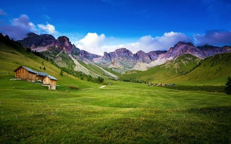 http://www.wsllpaper.com/wp-content/uploads/2013/12/beautiful-green-mountain-valley.jpg
