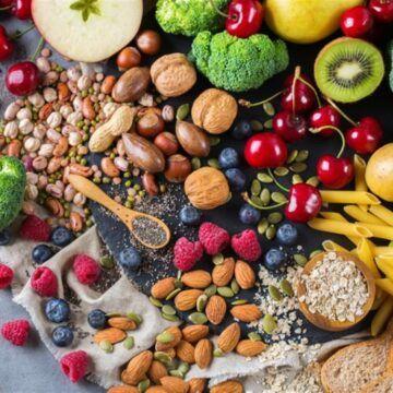 تقرير بسيط عن فائدة الالياف الغذائية صحيا Eye Health Health Tips Health
